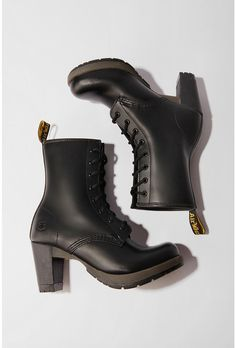 My boots - Dr. Dr. Martens, Botas Dr Martens, Looks Style, My Style, We Wear, How To Wear, Chelsea, Pretty Shoes, Heeled Boots