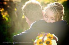 Pangdean Barn wedding. Sunflower bouquet. Creative wedding photography in Sussex by http://www.dennisonstudios.com