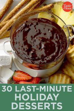 30 Last-Minute Holiday Desserts Chocolate Strawberries, Mint Chocolate, Chocolate Peanut Butter, Chocolate Desserts, Cinnamon Cheesecake, Low Carb Cheesecake, Valentines Day Desserts, Holiday Desserts, New Years Eve Dessert