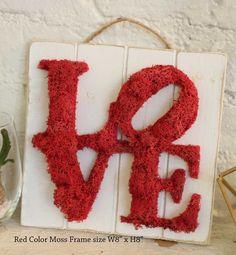 Frame Wall Decor, Frames On Wall, Moss Graffiti, Moss Art, Rose Vines, 3d Craft, How To Preserve Flowers, Garden Crafts, Flower Centerpieces