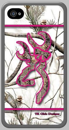 TK Chic Designs iPhone 4/4s custom cases. Realtree snow camo & hot pink camo buck & bow image.