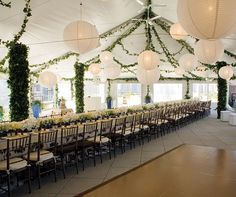 decorate a wedding tent | deversdesign: How to Decorate a Wedding Tent