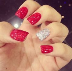 uñas decoradas rojas brillantes