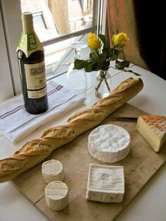 cheese - Paris foods you must eat