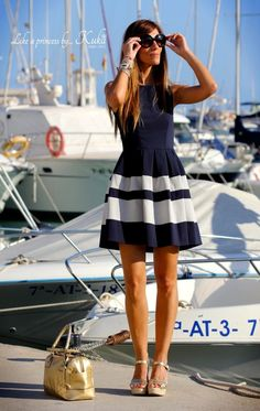 what shoes to wear with navy dress best outfits - cute dresses outfits Summer Work Outfits, Spring Outfits, Trendy Outfits, Cool Outfits, Summer Dresses, Women's Fashion Dresses, Dress Outfits, Estilo Navy, Cristian Dior