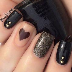 Black Nails #nails #nailart