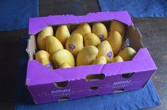 Ataulfo mangos are my favorite fruit!   #mangos #ataulfomangos #vegan #plantbased #whatveganseat #fruit