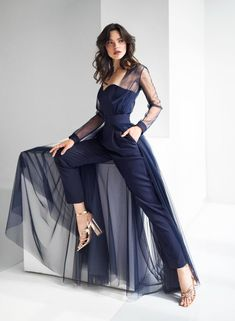 cute party outfits Look at this stylish bridal pants! If you are dreaming about bridal jumpsuit here it is for you. Bridal jumpsuit is a perfect and modern outfit for city reception Bridal Pants, Wedding Jumpsuit, Formal Jumpsuit, Jumpsuit Dress, Cape Dress, Bridal Pant Suits, Bridal Outfits, Bridal Dresses, Prom Dresses