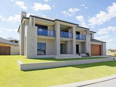 Photo of a slate house exterior from real Australian home - House Facade photo 186120 Contemporary House Plans, Modern House Plans, Modern House Design, Simonds Homes, Morden House, House Plans South Africa, Double Storey House, House With Balcony, Modern House Facades