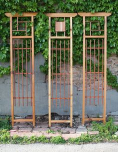 19 Awesome DIY Trellis Ideas For Your Garden, Tags: How do you build a trellis?, What is a garden trellis used for?, How do you grow cucumbers on a trellis?, What is a trellis design? Garden Arbor, Diy Garden, Garden Cottage, Garden Projects, Wooden Garden, Garden Ideas, Summer Garden, Patio Ideas, Wall Trellis