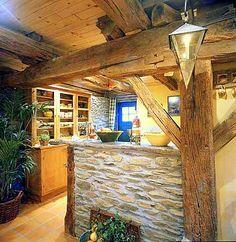 Muebles y Decoración de Interiores: Cocinas rústicas: vuelve el encanto de lo tradicional