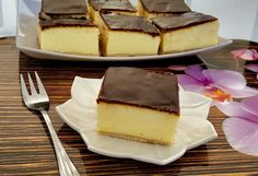 Puszysty sernik z mlekiem w proszku - Blog z apetytem Goat Cheese, No Bake Desserts, Tiramisu, Cheesecake, Food And Drink, Baking, Ethnic Recipes, Blog, Cakes