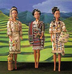 Barbie Filipiniana -- Bringing the Philippines to Every Home. Barbie Go, Barbie World, Fashion Dolls, Girl Fashion, Philippines Culture, Philippines Dress, Filipiniana Dress, Filipino Fashion, Filipino Culture