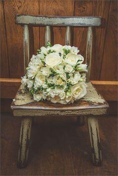 Little chair & bouquet - Eckington Manor