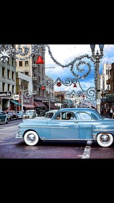 Pine & 1st Long Beach CA circa 1955 Now that's a stylin' Christmas!