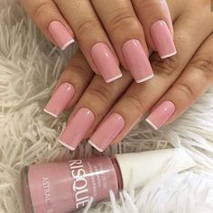 Such a pretty pink with white tips! Good idea for back to school nails. Such a pretty pink with white tips! Good idea for back to school nails. Classy Nails, Stylish Nails, Nail Art Designs Videos, French Tip Nails, French Manicures, Best Acrylic Nails, Dream Nails, Powder Nails, Manicure And Pedicure
