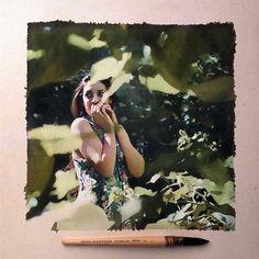 Друзья, мне очень хочется поделиться с вами своим открытием в мире живописи. Когда я впервые увидела работы бразильского художника Маркоса Беккари я будто впала в гипноз. Разглядывала их и местами не верила, что это действительно рисунки. О самом Маркосе пока мало известно, но то, что он делает поражает. Тонкие черты, плавные переходы, тени, свет - все это художник передает с фотографической точностью.