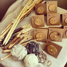 Collection of handmade crochethooks, buttons, knitting needles and handcarded and handspun woolen yarn by Wieteke Opmeer Bone Crafts, Yarn Crafts, Twig Crafts, Crochet Wool, Nature Crafts, Handmade Wooden, Knitting Needles, Woodworking Crafts, Wood Carving