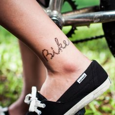 Chained to the habit of enjoying leisurely bike rides in the park? Increase your leisurely feel. Write the bike and enjoy your ride! - #bike #temporary #tattoo