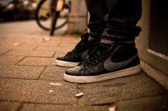 Nike SB Blazer x Supreme