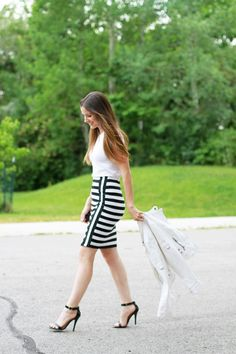 I have spotted a few people with this skirt and I just love it! I love how unique a simple striped skirt can be come by just flipping a few of the striped the other direction. You make this quick p...