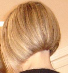 Very short blond bob - back