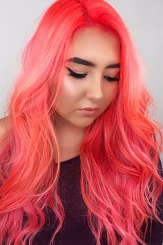 Neon Peach Hair Is Taking Over Instagram, and It's as Bright as Can Be