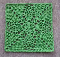 """Pineapple Granny 12"""" Pillow-ghan Square, free pattern by Priscilla Hewitt.  Totally different looks can be achieved using different colors; check Ravelry Project Gallery.   . . . .   ღTrish W ~ http://www.pinterest.com/trishw/  . . . .   #crochet #motif"""