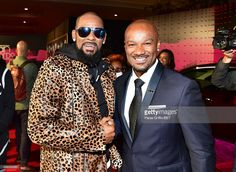 Recording artist R. Kelly and TV/radio personality Big Tigger attend the 2015 Soul Train Music Awards at the Orleans Arena on November 2015 in Las Vegas, Nevada. Tv Radio, Tv On The Radio, Big Tigger, Train Music, Radio Personality, Soul Train, Big News, Music Awards, Nevada