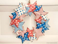 Piggy Bank Parties Americana Star Wreath15