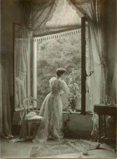 Madame Misonne, 1910