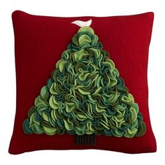 Tutorial for felt Christmas Tree pillow Christmas Cushions, Christmas Pillow, Noel Christmas, All Things Christmas, Holiday Crafts, Holiday Decor, Felt Tree, Christmas Inspiration, Crate And Barrel