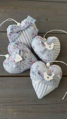 Valentine Crafts, Easter Crafts, Valentines, Sewing Crafts, Sewing Projects, Shabby Chic Hearts, Shabby Chic Fabric, Fabric Hearts, Heart Crafts