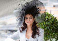 Royal Ascot Day in London, the best fashion and elegant event of the year!