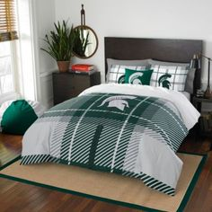 Michigan State University Embroidered Comforter Set - BedBathandBeyond.com - Mike WANTS THIS!