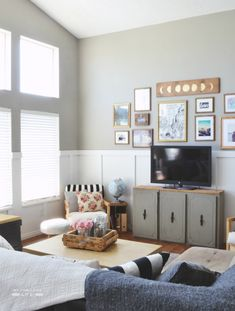 wainscoting with gallery wall above 6th Street Design School: Feature Friday: My Fabuless Life