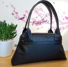Sac Petit City Zip-Zip cousu par PeggySew en simili autruche noir - patron de couture Sacôtin