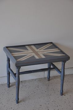 Fab Rehab Creation Blog - Union Jack Table - Love it!!!!!