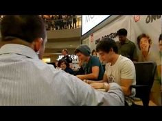 Liam is hilarious SPOONS 1:34-1:48 omg they are soo cuuuteee