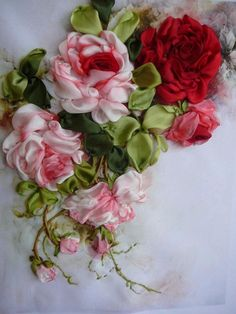 Wonderful Ribbon Embroidery Flowers by Hand Ideas. Enchanting Ribbon Embroidery Flowers by Hand Ideas. Rose Embroidery, Silk Ribbon Embroidery, Cross Stitch Embroidery, Embroidery Designs, Ribbon Art, Ribbon Crafts, Flower Crafts, Ribbon Flower, Handmade Flowers