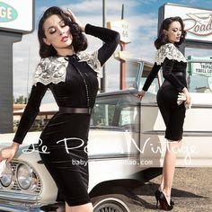 Le Palais Vintage Elegant Black Velvet High Waist Embroidery Lace Collar Dress