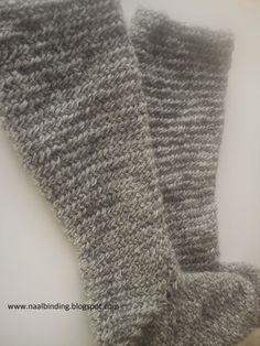 naalbinding- ścieg igłowy: długie igłowe skarpety / long naalbinding socks