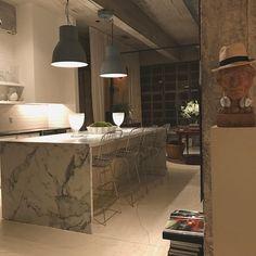 William McClure's Birmingham Loft Interior Design Tips, Interior Design Kitchen, Interior And Exterior, Birmingham, Industrial Architecture, Modern Loft, Moving House, Loft Style, Home Decor Kitchen