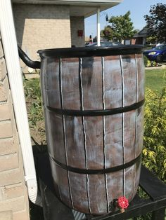 Rain Barrel, Beer, Mugs, Tableware, Diy, Root Beer, Dinnerware, Cups, Bricolage