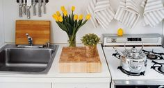 A neat, organized kitchen makes daily life so much easier. Meals come together more smoothly, tools are conveniently located right where you need them, and best of all, the kitchen feels like the welcoming, nourishing space it is meant to be. Organizing an entire kitchen can be a daunting prospect — but these bite-size tasks […] #WHStyle #DesignItPinItWinIt