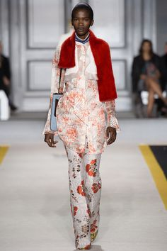 Giambattista Valli Fall 2015 RTW Runway - Vogue