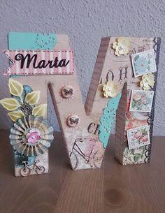 Letras decoradas con scrapbooking