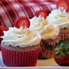 Tasty and light strawberry cupcakes.. tried it myself