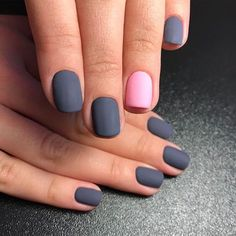 32 Gorgeous Looks for Matte Short Nails; matte nails for fall;easy designs for short nails. Nail Color Combos, Colour Combo, Gray Color, Sns Nails Colors, Grey Nail Designs, Metallic Nails, Matte Gray Nails, Matte Red, Super Nails