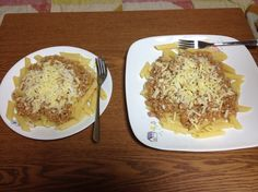 Macaroni with meat sauce and cheese.